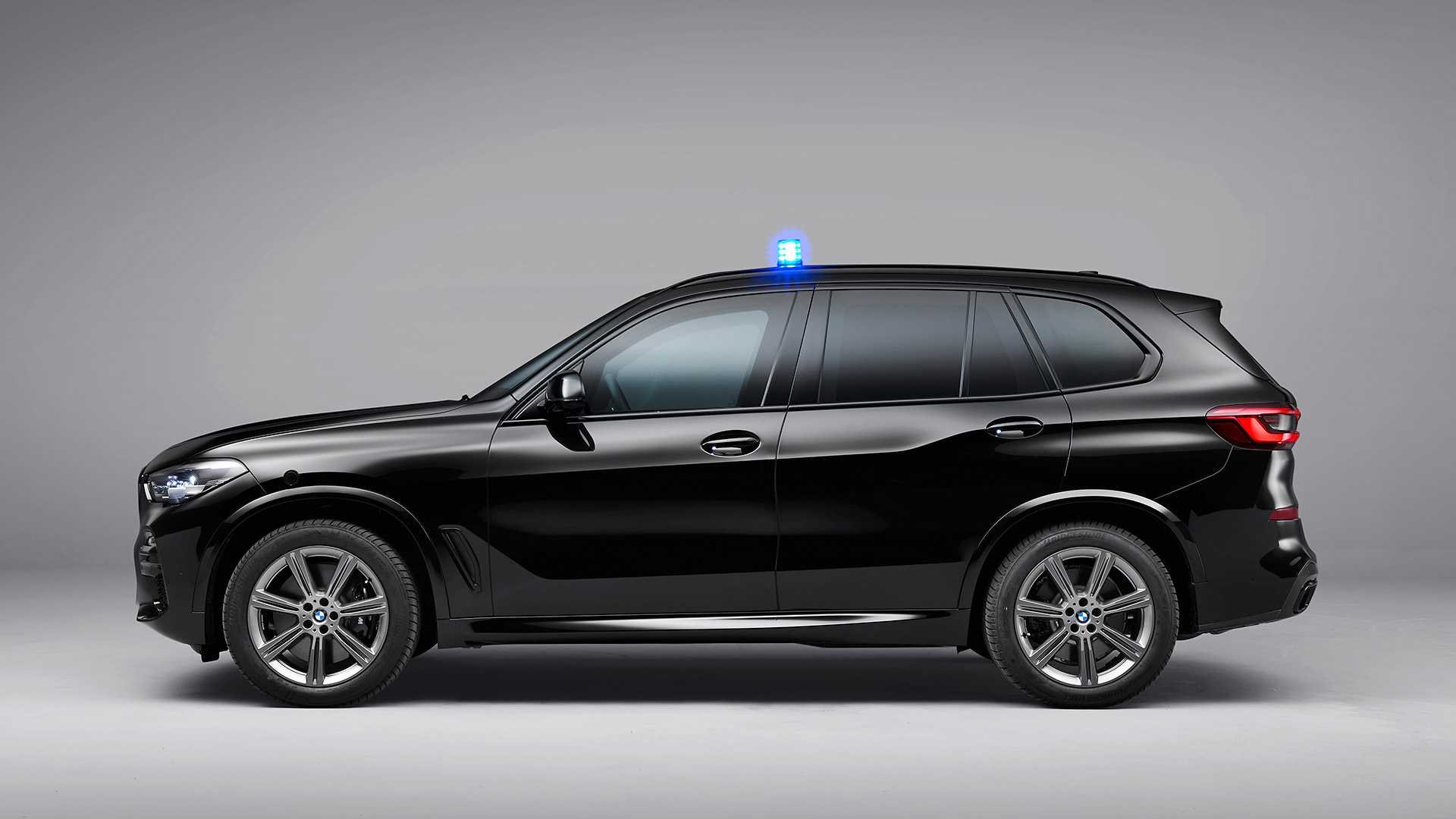 2020 BMW X5 Protection VR6 (Armored Vehicle) Side Wallpapers (10)