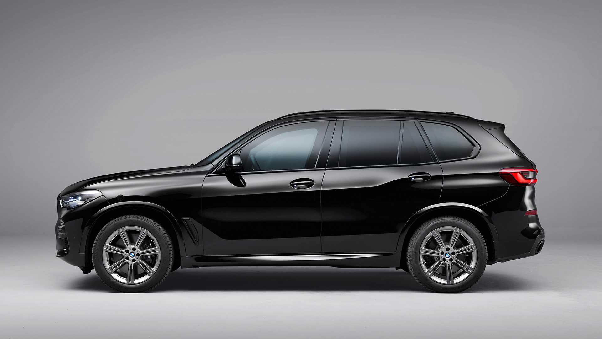 2020 BMW X5 Protection VR6 (Armored Vehicle) Side Wallpapers (5)
