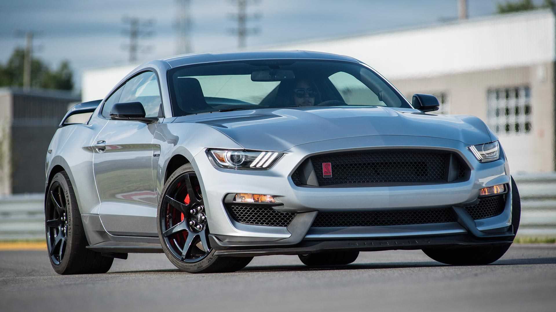 2020 Ford Mustang Shelby GT350R Front Wallpapers (5)