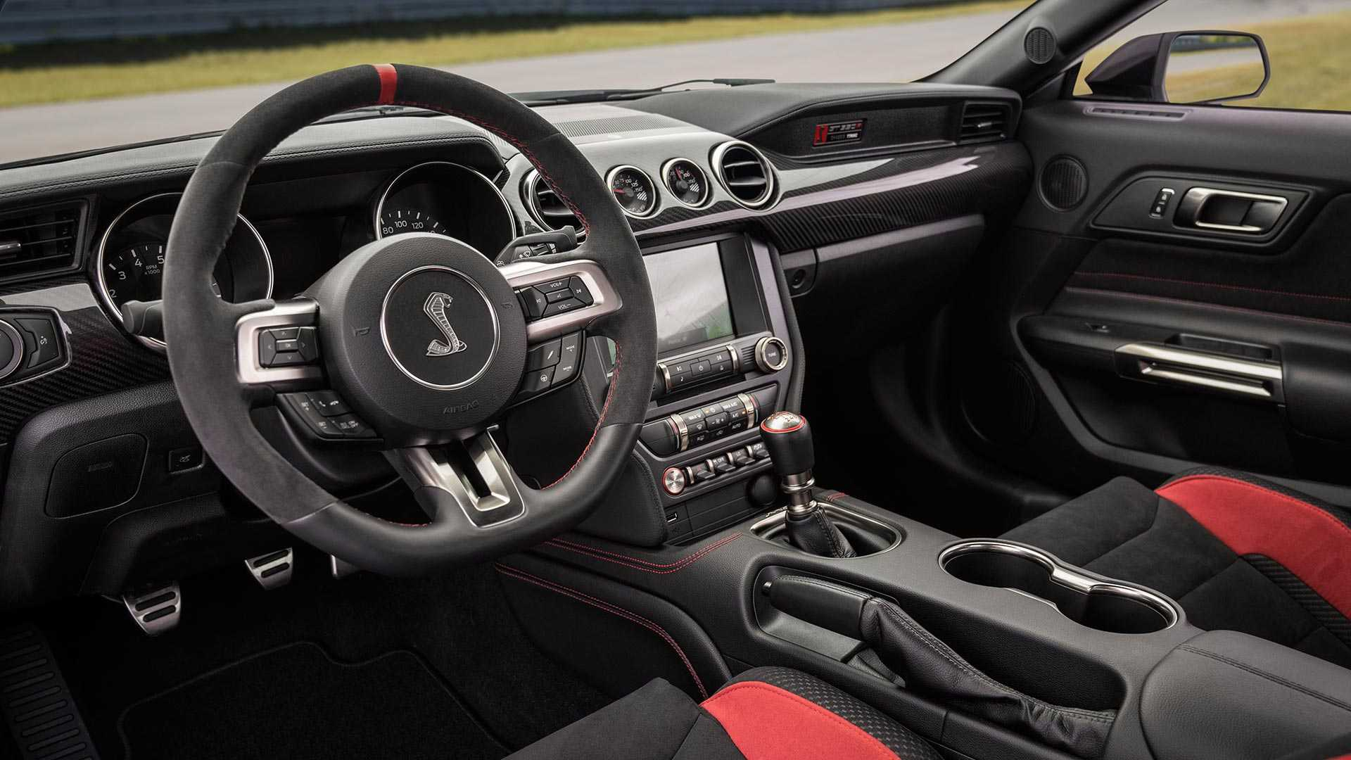 2020 Ford Mustang Shelby GT350R Interior Wallpapers (7)