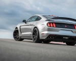 2020 Ford Mustang Shelby GT350R Rear Three-Quarter Wallpapers 150x120 (6)