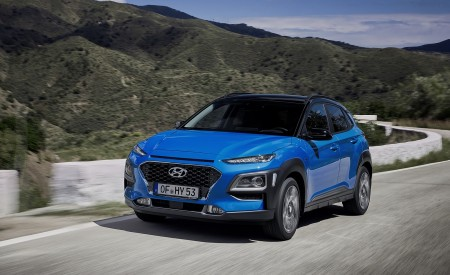 2020 Hyundai Kona Hybrid (Euro-Spec) Front Three-Quarter Wallpapers 450x275 (2)