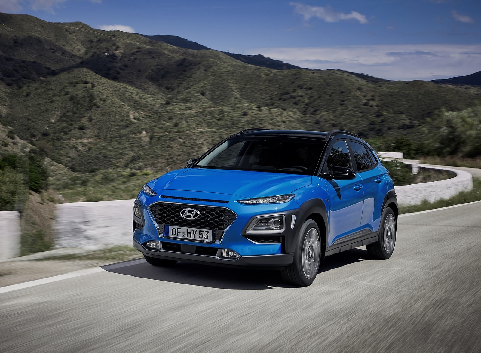 2020 Hyundai Kona Hybrid (Euro-Spec) Front Three-Quarter Wallpapers (2)