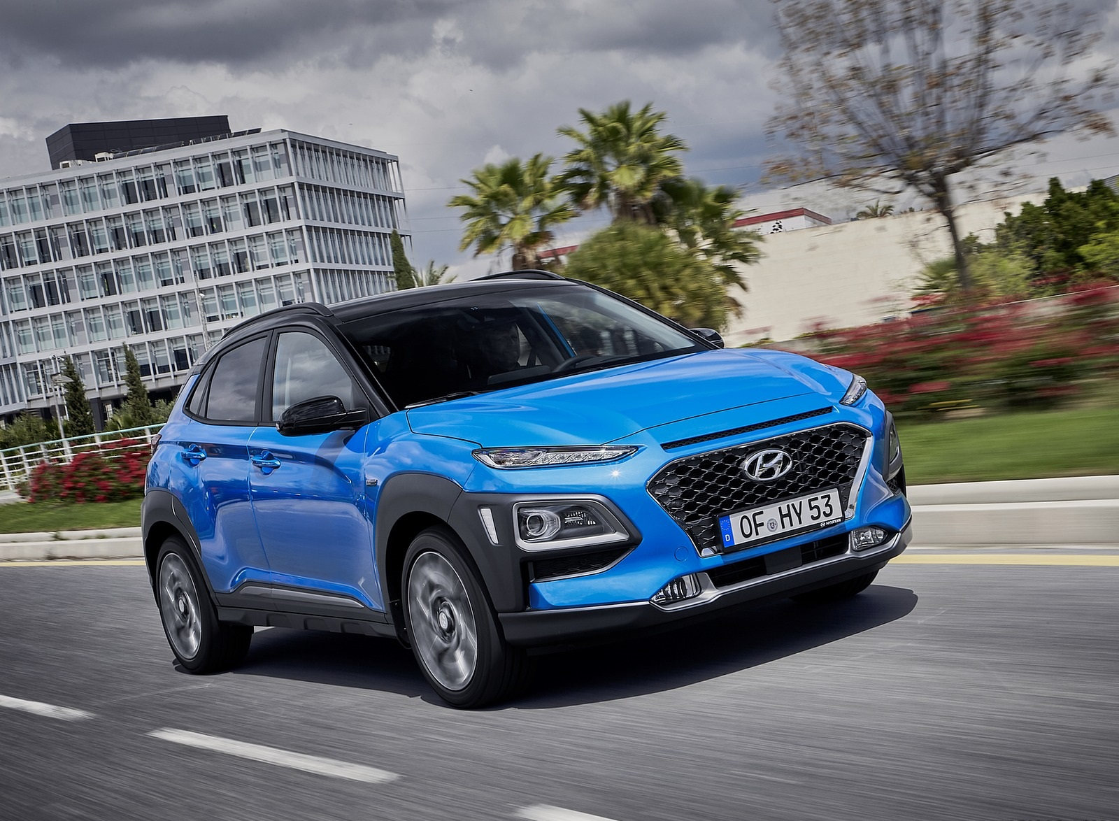 2020 Hyundai Kona Hybrid (Euro-Spec) Front Three-Quarter Wallpapers (3)