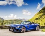2020 Mercedes-AMG GT S Roadster (UK-Spec) Front Three-Quarter Wallpapers 150x120 (37)