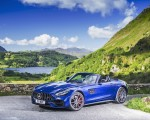 2020 Mercedes-AMG GT S Roadster (UK-Spec) Front Three-Quarter Wallpapers 150x120 (38)