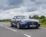 2020 Mercedes-AMG GT S Roadster (UK-Spec) Front Three-Quarter Wallpapers 150x120 (15)