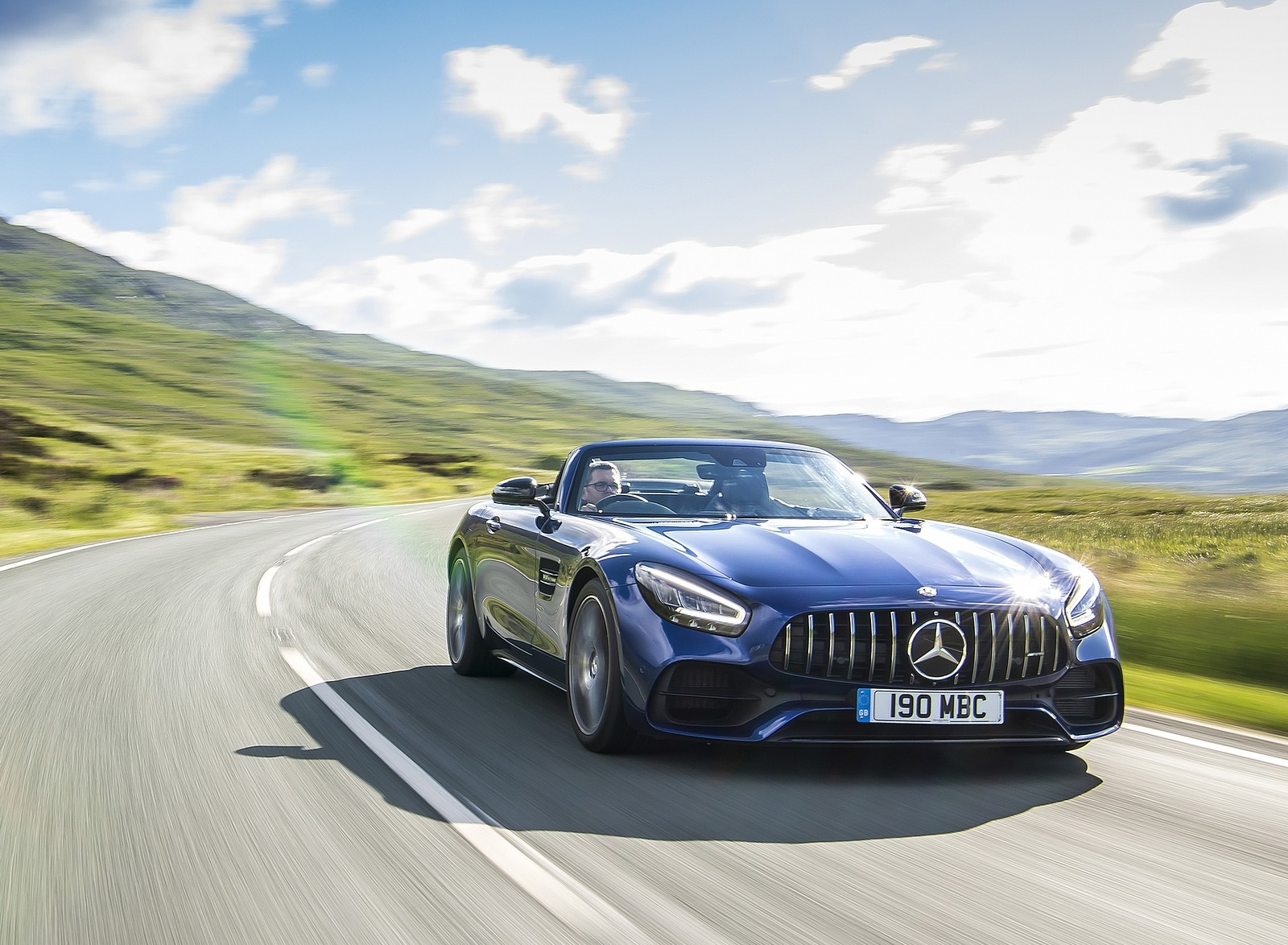 2020 Mercedes-AMG GT S Roadster (UK-Spec) Front Three-Quarter Wallpapers (9)