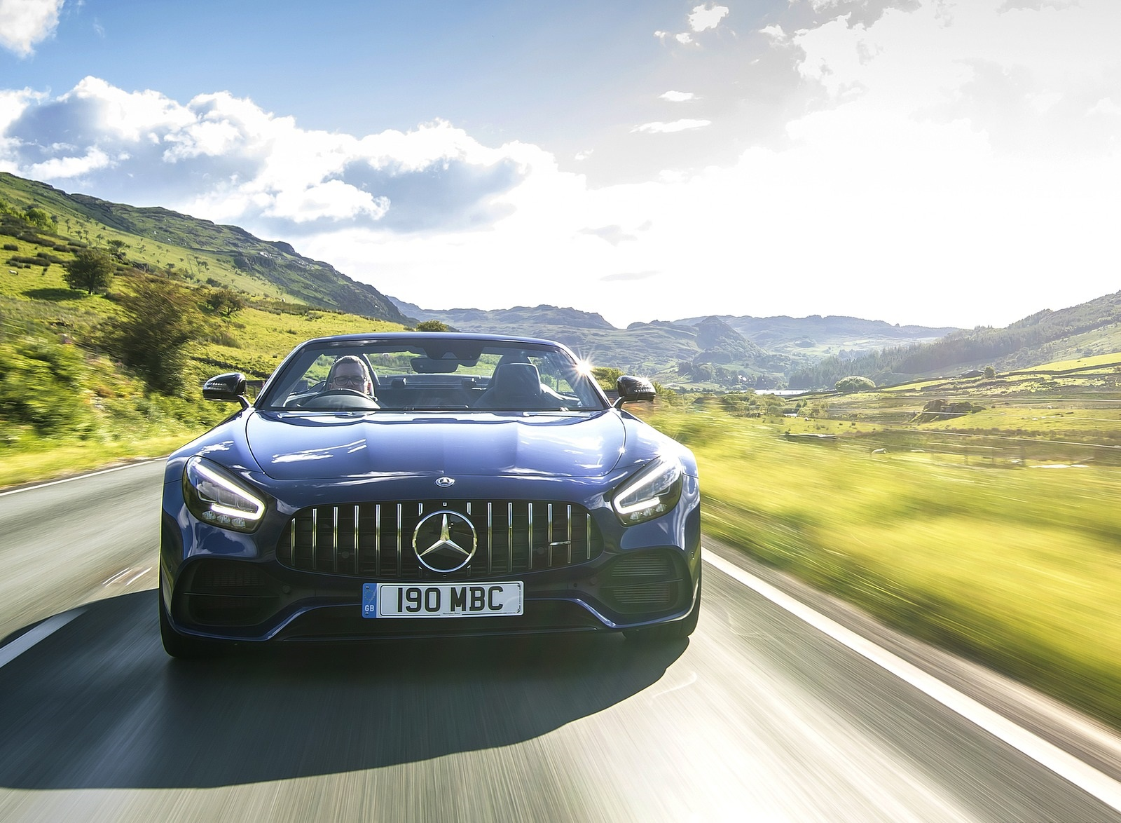 2020 Mercedes-AMG GT S Roadster (UK-Spec) Front Wallpapers (10)