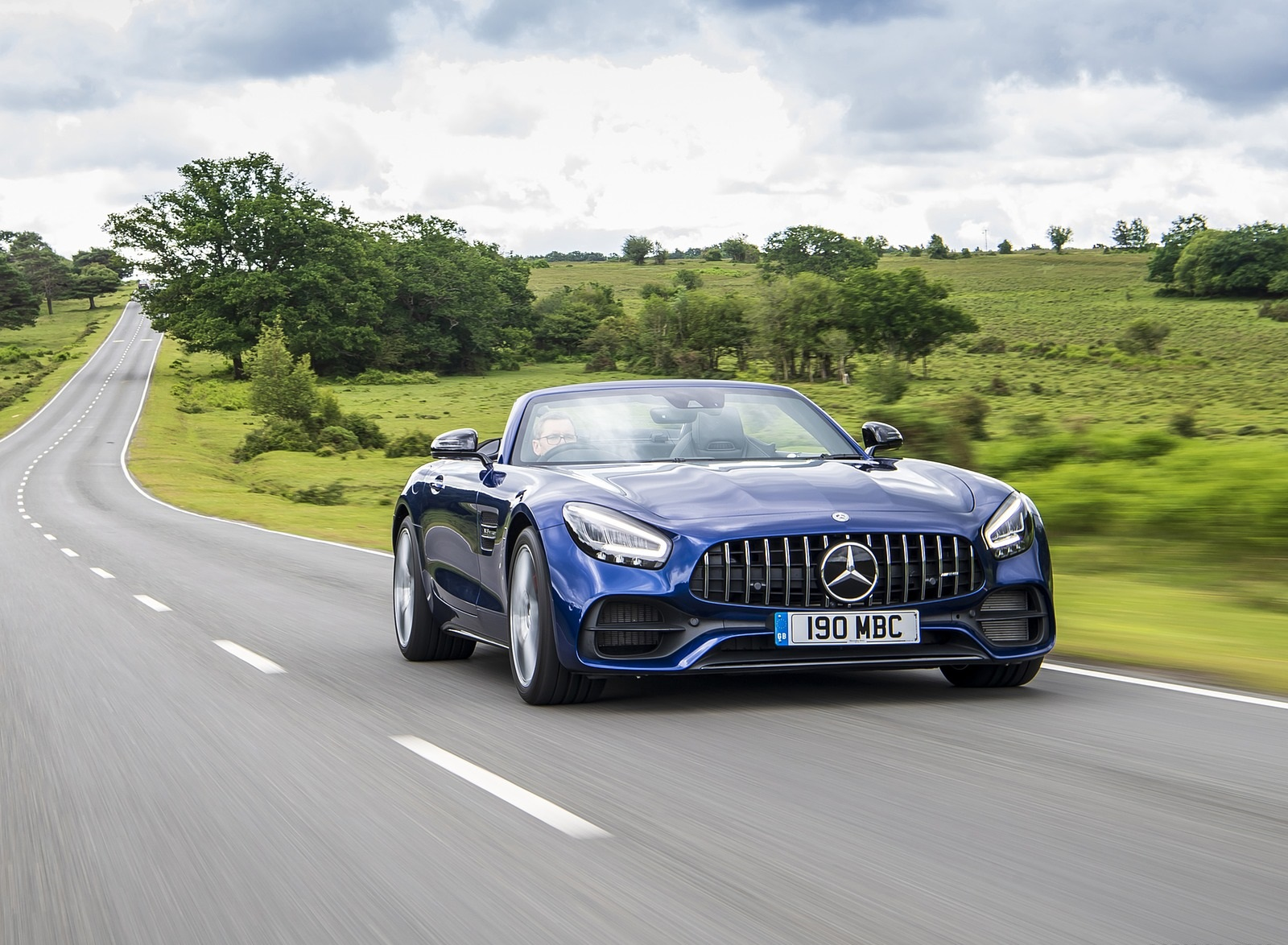 2020 Mercedes-AMG GT S Roadster (UK-Spec) Front Wallpapers (12)