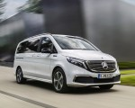 2020 Mercedes-Benz EQV 300 (Color: Mountain Crystal White Metallic) Front Three-Quarter Wallpapers 150x120 (4)
