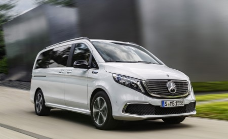 2020 Mercedes-Benz EQV 300 (Color: Mountain Crystal White Metallic) Front Three-Quarter Wallpapers 450x275 (4)