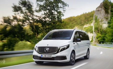 2020 Mercedes-Benz EQV 300 (Color: Mountain Crystal White Metallic) Front Wallpapers 450x275 (7)