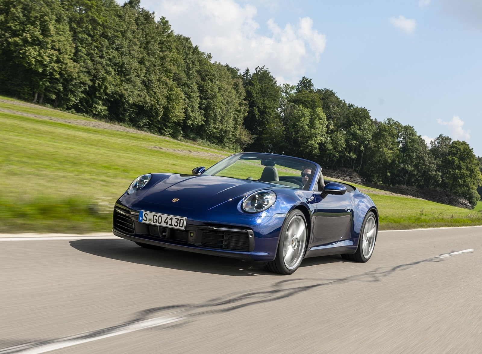 2020 Porsche 911 Carrera Cabriolet (Color: Gentian Blue Metallic) Front Three-Quarter Wallpapers (10)