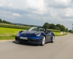 2020 Porsche 911 Carrera Cabriolet (Color: Gentian Blue Metallic) Front Three-Quarter Wallpapers 150x120 (16)