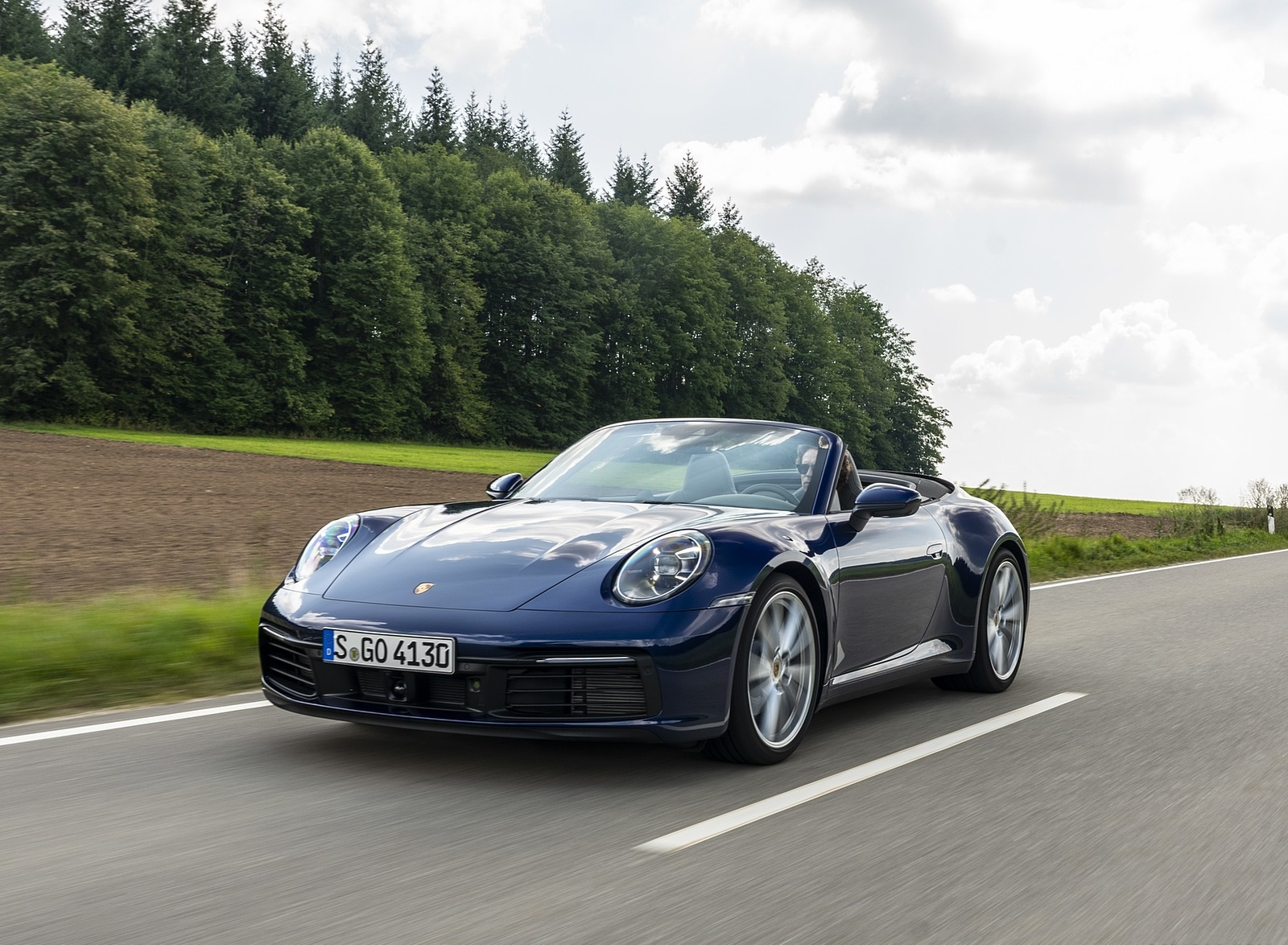 2020 Porsche 911 Carrera Cabriolet (Color: Gentian Blue Metallic) Front Wallpapers (4)