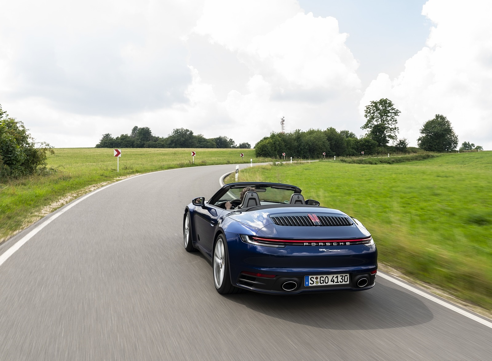2020 Porsche 911 Carrera Cabriolet (Color: Gentian Blue Metallic) Rear Wallpapers (8)