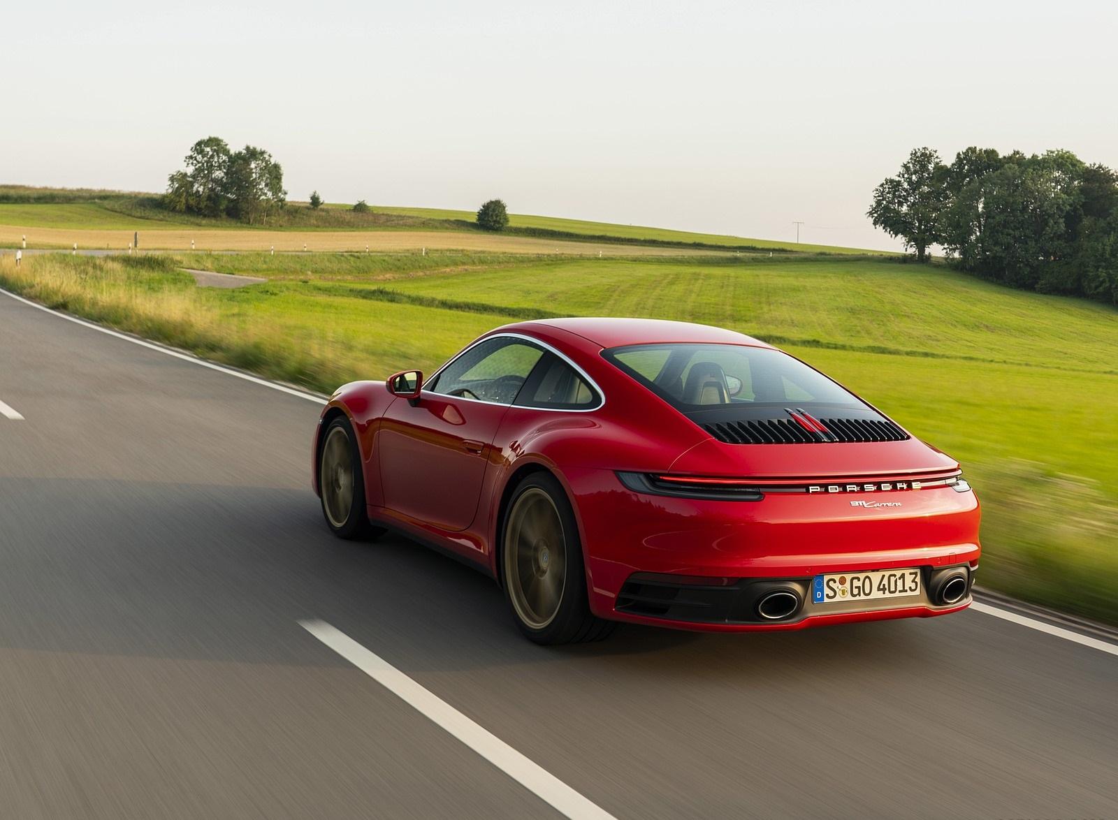 2020 Porsche 911 Carrera Coupe (Color: Guards Red) Rear Three-Quarter Wallpapers (12)