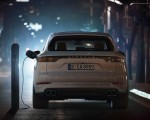 2020 Porsche Cayenne Turbo S E-Hybrid Charging Wallpapers 150x120 (41)