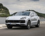 2020 Porsche Cayenne Turbo S E-Hybrid Front Three-Quarter Wallpapers 150x120 (3)