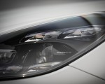 2020 Porsche Cayenne Turbo S E-Hybrid Headlight Wallpapers 150x120 (42)