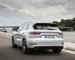 2020 Porsche Cayenne Turbo S E-Hybrid Rear Three-Quarter Wallpapers 150x120 (8)