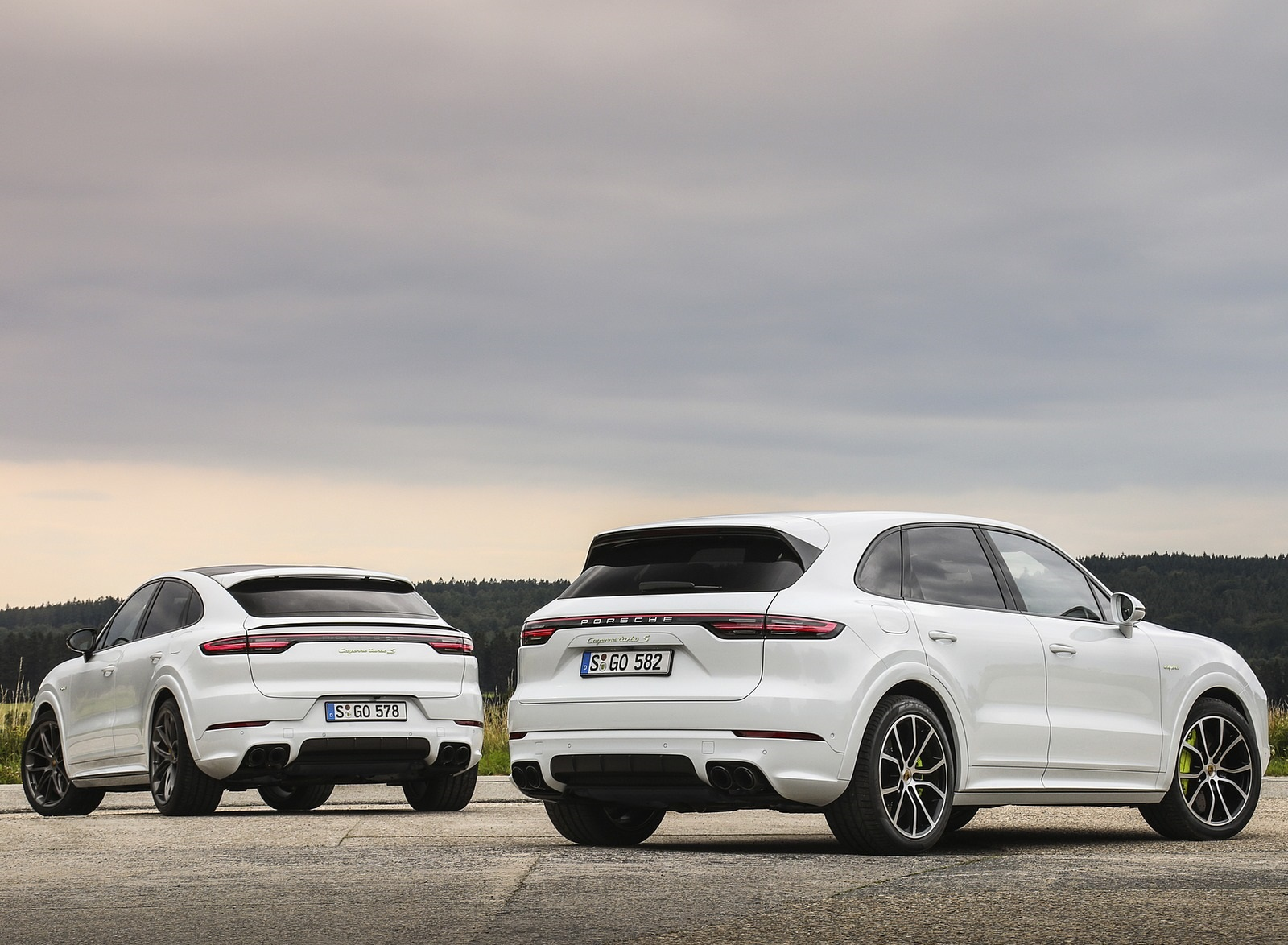2020 Porsche Cayenne Turbo S E Hybrid And Cayenne Turbo S E Hybrid Coupe Wallpapers 38 Newcarcars
