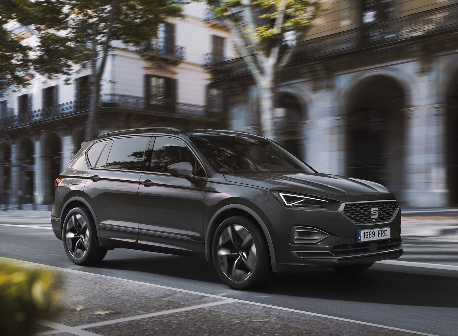 2020 SEAT Tarraco FR PHEV Front Three-Quarter Wallpapers (1)