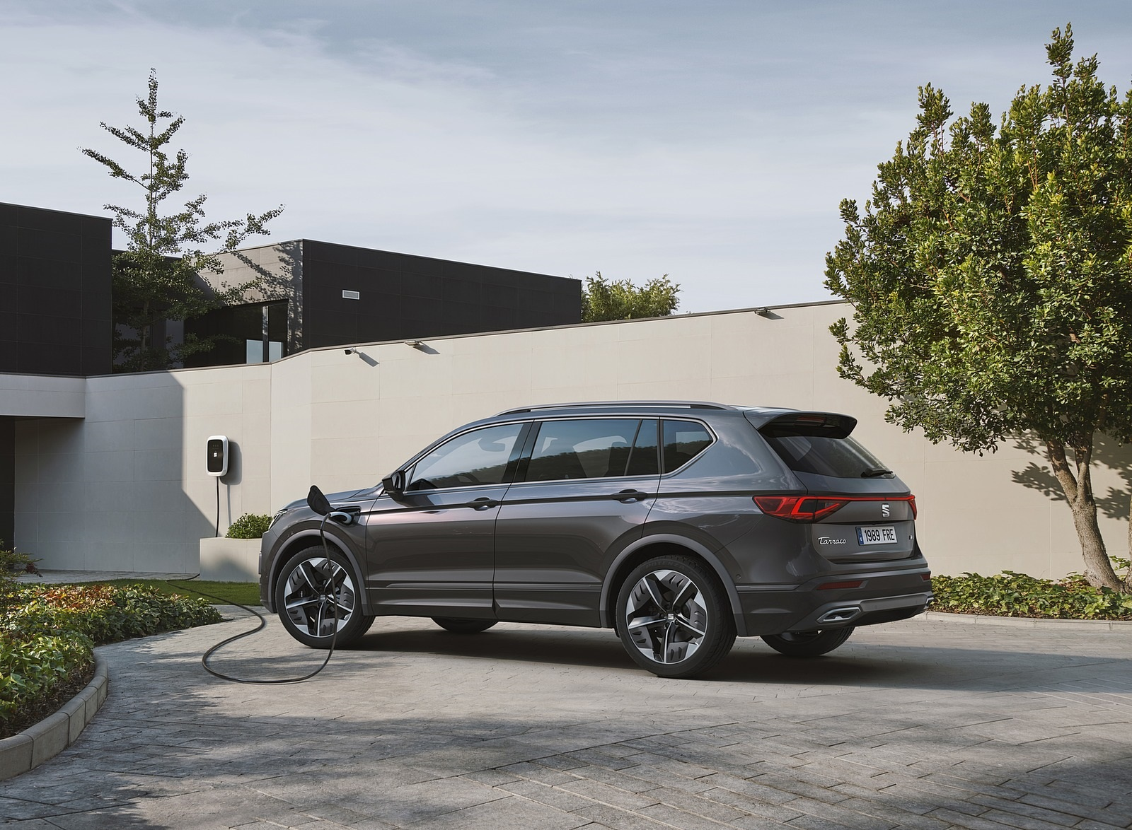 2020 SEAT Tarraco FR PHEV Rear Three-Quarter Wallpapers (3)