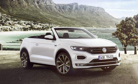 2020 Volkswagen T-Roc Cabriolet Front Three-Quarter Wallpapers 450x275 (163)