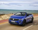 2020 Volkswagen T-Roc Cabriolet Front Three-Quarter Wallpapers 150x120 (42)