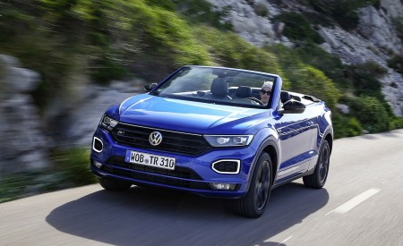 2020 Volkswagen T-Roc Cabriolet Front Three-Quarter Wallpapers 450x275 (3)