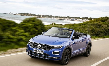 2020 Volkswagen T-Roc Cabriolet Front Three-Quarter Wallpapers 450x275 (27)