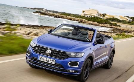 2020 Volkswagen T-Roc Cabriolet Front Three-Quarter Wallpapers 450x275 (28)