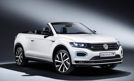 2020 Volkswagen T-Roc Cabriolet Front Three-Quarter Wallpapers 450x275 (166)