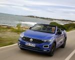 2020 Volkswagen T-Roc Cabriolet Front Three-Quarter Wallpapers 150x120 (33)