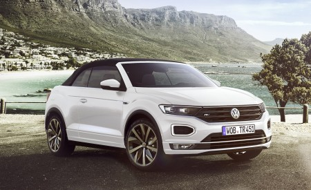 2020 Volkswagen T-Roc Cabriolet Front Three-Quarter Wallpapers 450x275 (164)