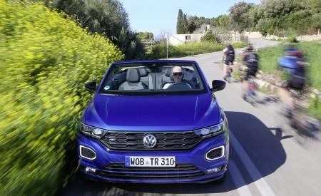 2020 Volkswagen T-Roc Cabriolet Front Wallpapers 450x275 (36)