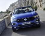 2020 Volkswagen T-Roc Cabriolet Front Wallpapers 150x120 (15)
