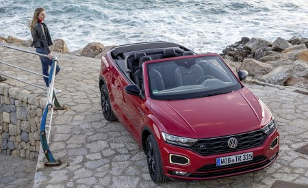 2020 Volkswagen T-Roc Cabriolet Front Wallpapers 450x275 (113)
