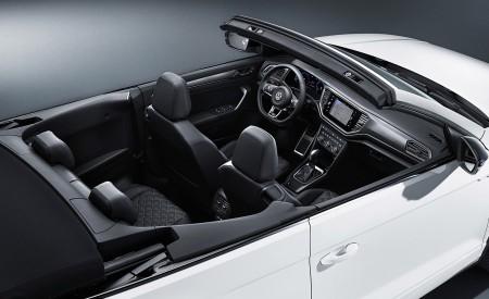 2020 Volkswagen T-Roc Cabriolet Interior Wallpapers 450x275 (182)