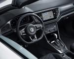 2020 Volkswagen T-Roc Cabriolet Interior Wallpapers 150x120 (22)