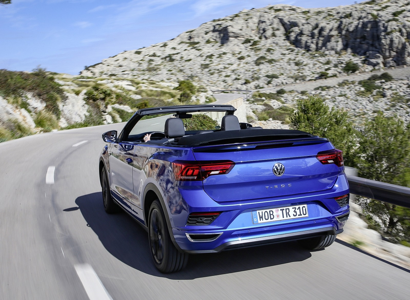 2020 Volkswagen T-Roc Cabriolet Rear Three-Quarter Wallpapers (10)