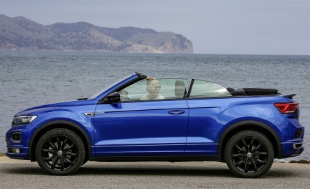 2020 Volkswagen T-Roc Cabriolet Side Wallpapers 450x275 (56)