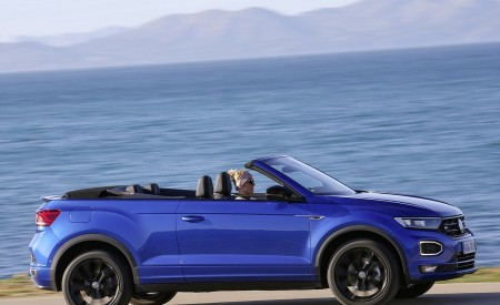 2020 Volkswagen T-Roc Cabriolet Side Wallpapers 450x275 (50)