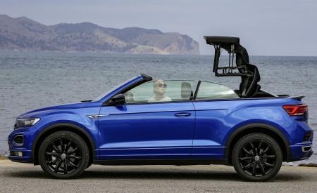 2020 Volkswagen T-Roc Cabriolet Side Wallpapers 450x275 (57)