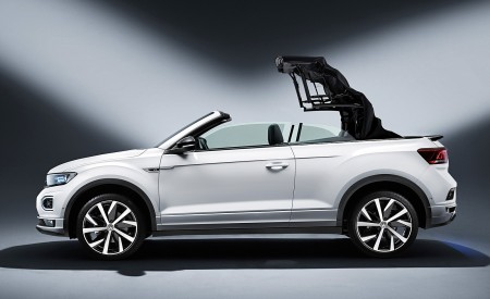 2020 Volkswagen T-Roc Cabriolet Side Wallpapers 450x275 (171)