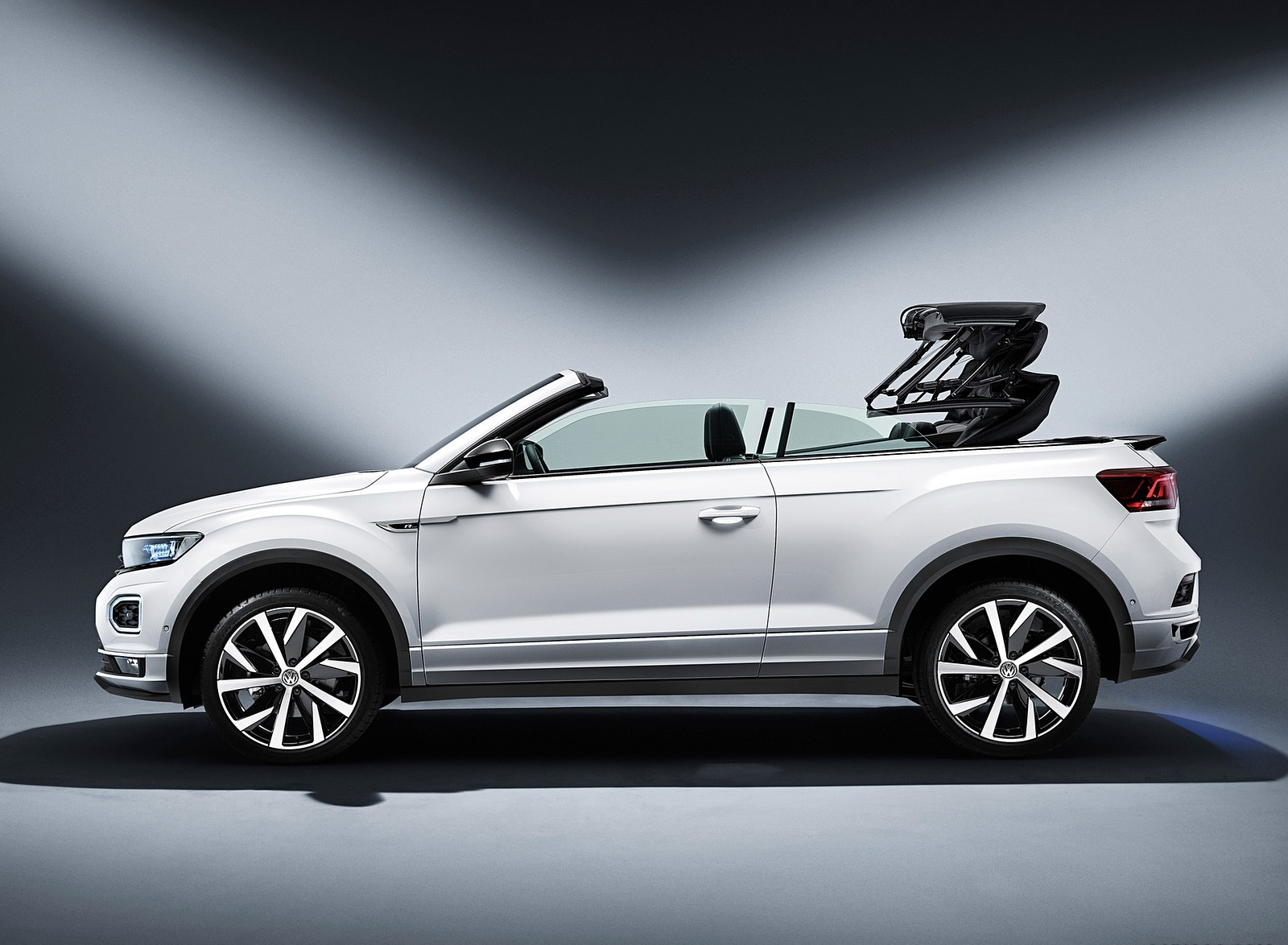 2020 Volkswagen T-Roc Cabriolet Side Wallpapers (14)