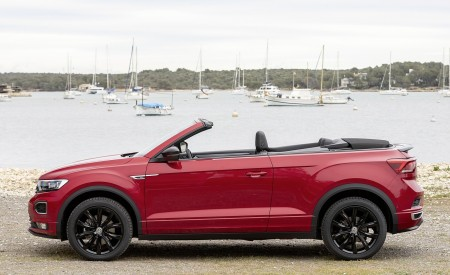 2020 Volkswagen T-Roc Cabriolet Side Wallpapers 450x275 (137)
