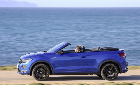 2020 Volkswagen T-Roc Cabriolet Side Wallpapers 450x275 (53)
